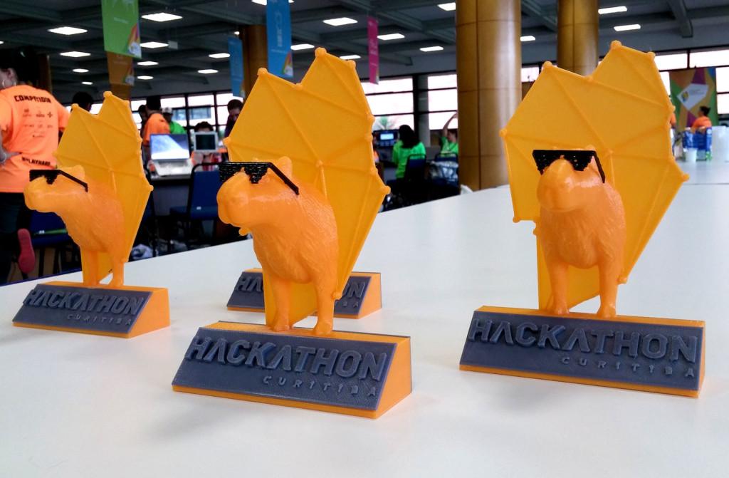 trofeu-hackathon-curitiba-laranja